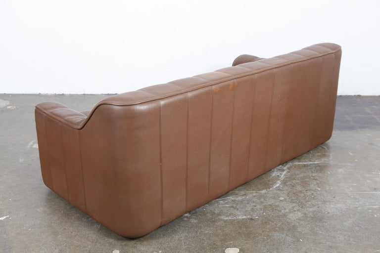 1970s De Sede Leather 3-Seat Sofa 'Model DS 44' from Switzerland In Good Condition For Sale In North Hollywood, CA