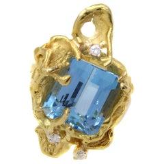 1970s Designer Aquamarine 22 Karat Gold Ring