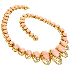 1970s Diamond Natural Pink Coral Gold Graduated Necklace