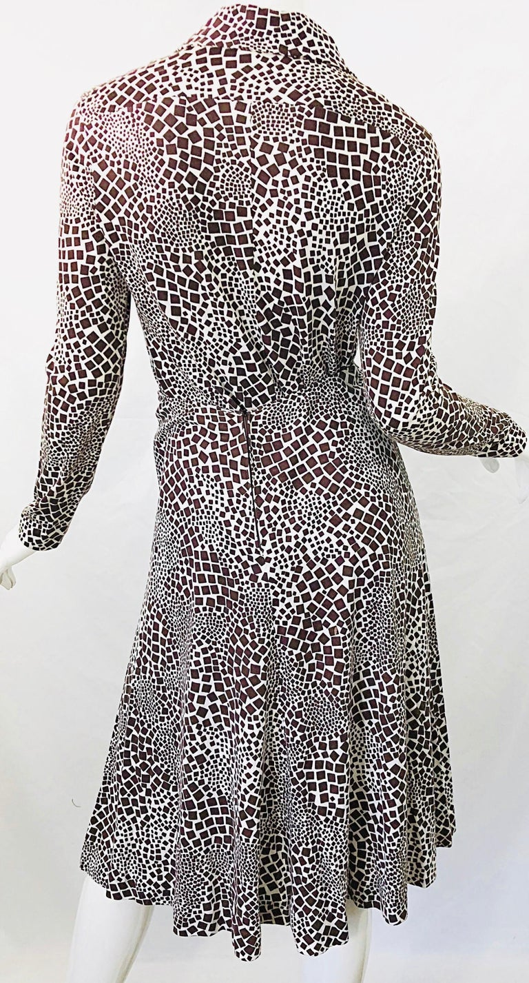 Women's 1970s Diane Von Furstenberg Brown and White Rayon Cotton Cut Out Top Skirt Dress For Sale