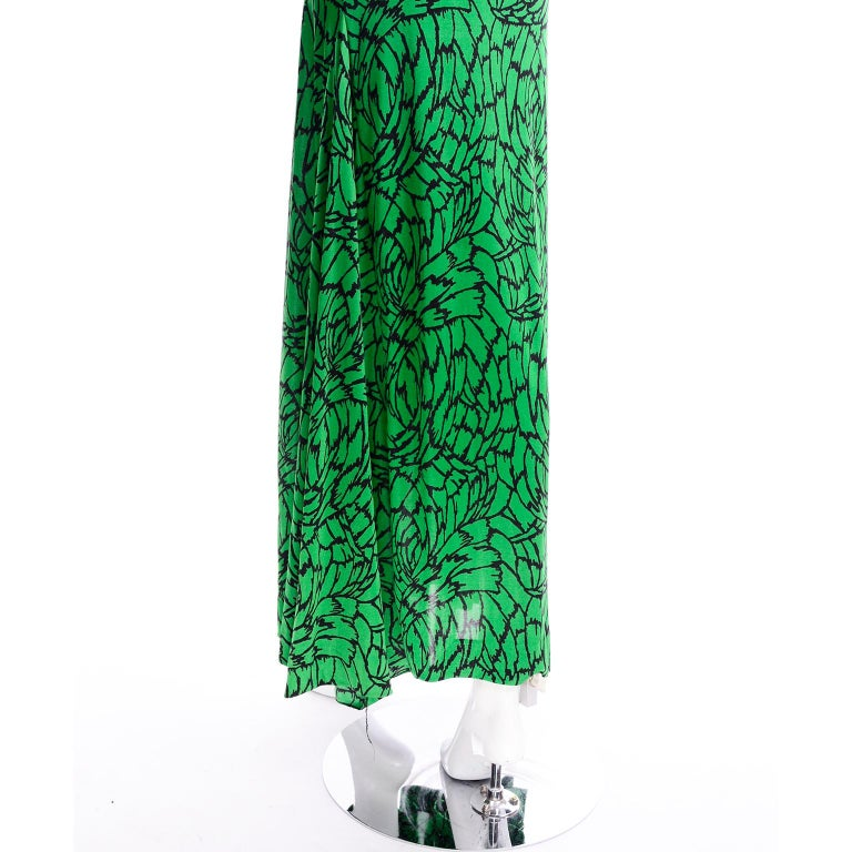 1970s Diane Von Furstenberg Vintage Green & Black Stretch Jersey Maxi Dress 5