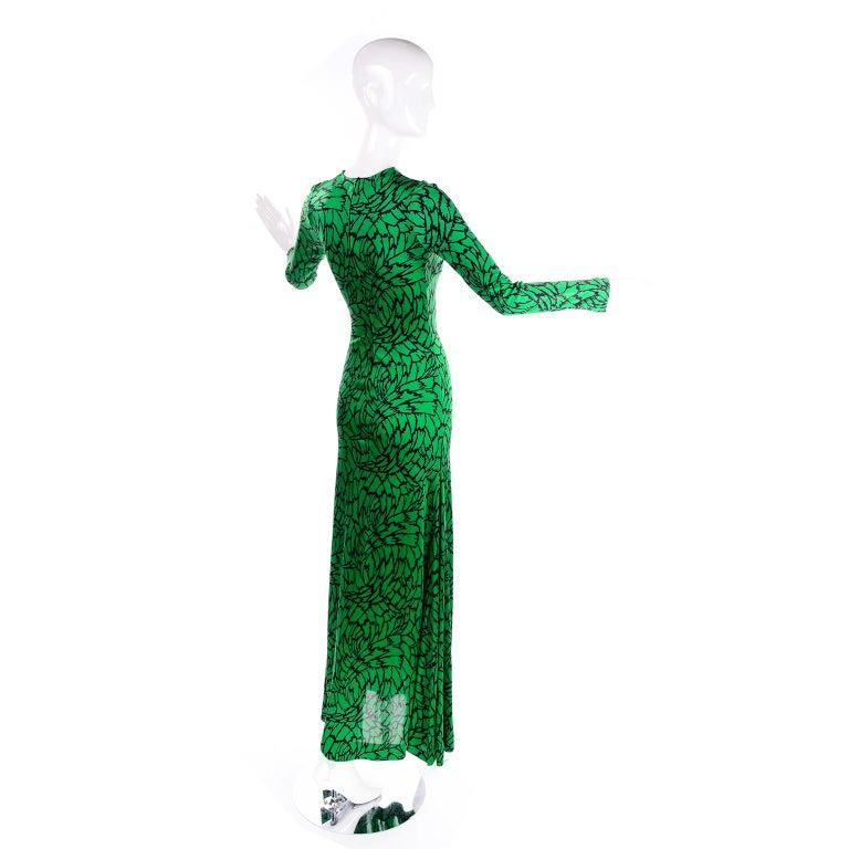 Women's 1970s Diane Von Furstenberg Vintage Green & Black Stretch Jersey Maxi Dress