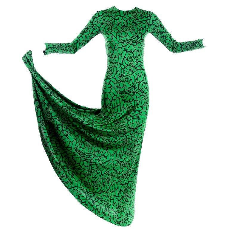 1970s Diane Von Furstenberg Vintage Green & Black Stretch Jersey Maxi Dress