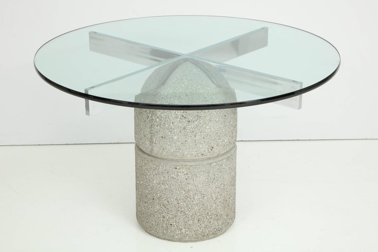 1970s concrete dining table designed by Giovanni Offredi for Saporiti Italia. The dome shaped concrete base has a chrome cross plinth to support the 3/4