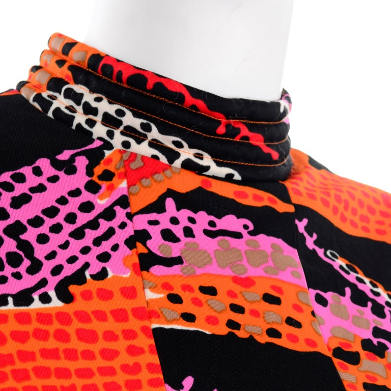 1970s Dynasty Vintage Maxi Dress in Mod Red Orange Pink & Black Abstract Print  7
