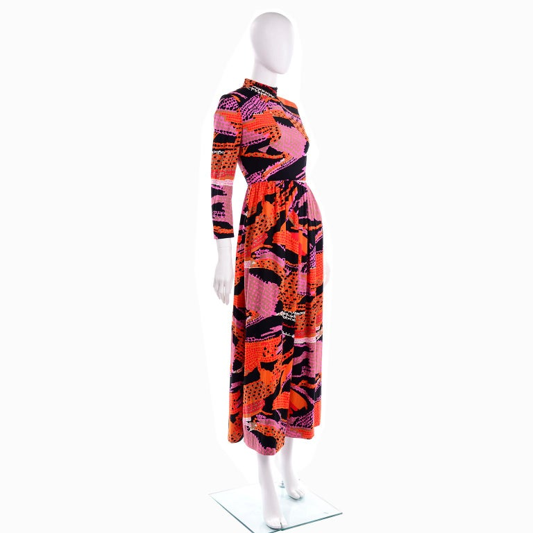 Women's 1970s Dynasty Vintage Maxi Dress in Mod Red Orange Pink & Black Abstract Print