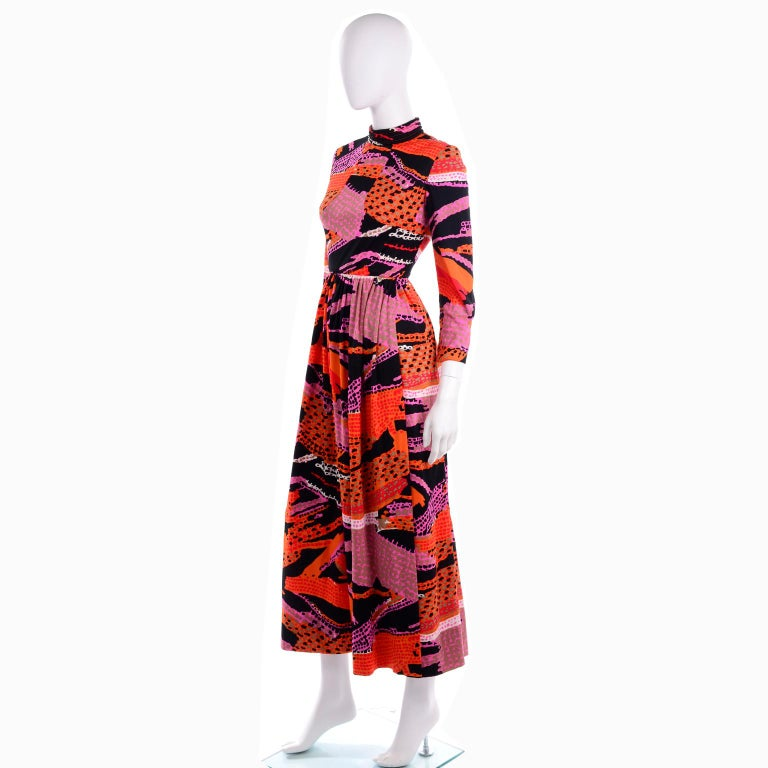 1970s Dynasty Vintage Maxi Dress in Mod Red Orange Pink & Black Abstract Print  4