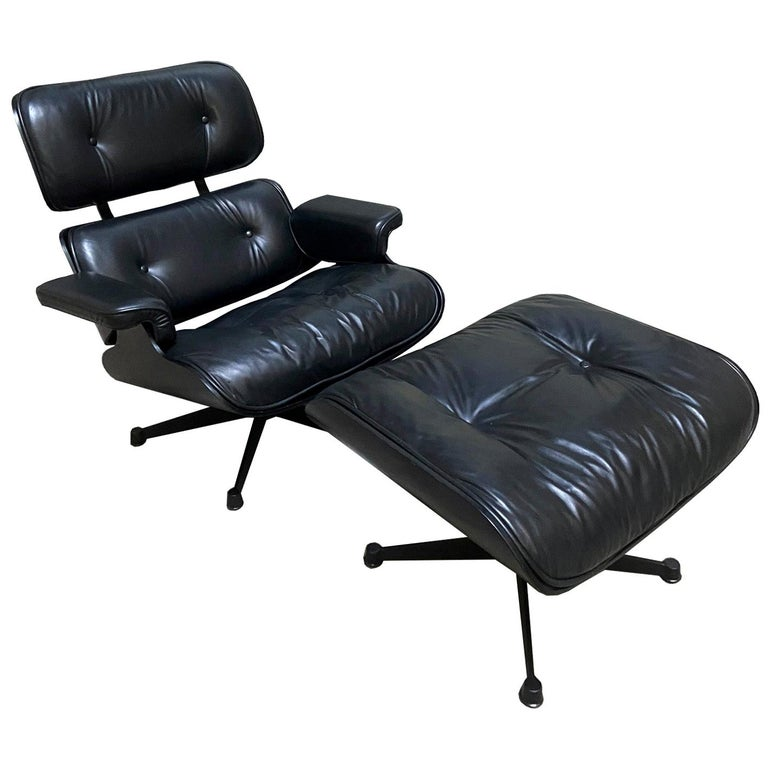 1970s Eames 670 Lounge Chair and 671 Ottoman Black Leather Herman Miller by ICF For Sale
