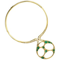 1970s Emerald Torque Pendant Necklace