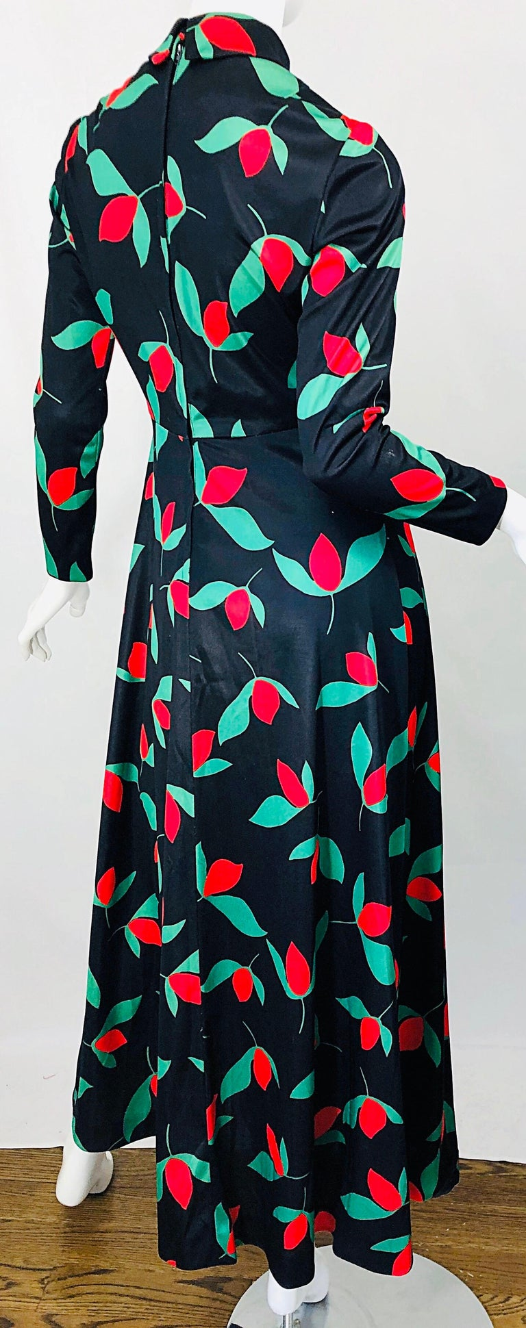 1970s Emilio Borghese Tulip Print Black + Green + Red Vintage 70s Maxi Dress For Sale 6