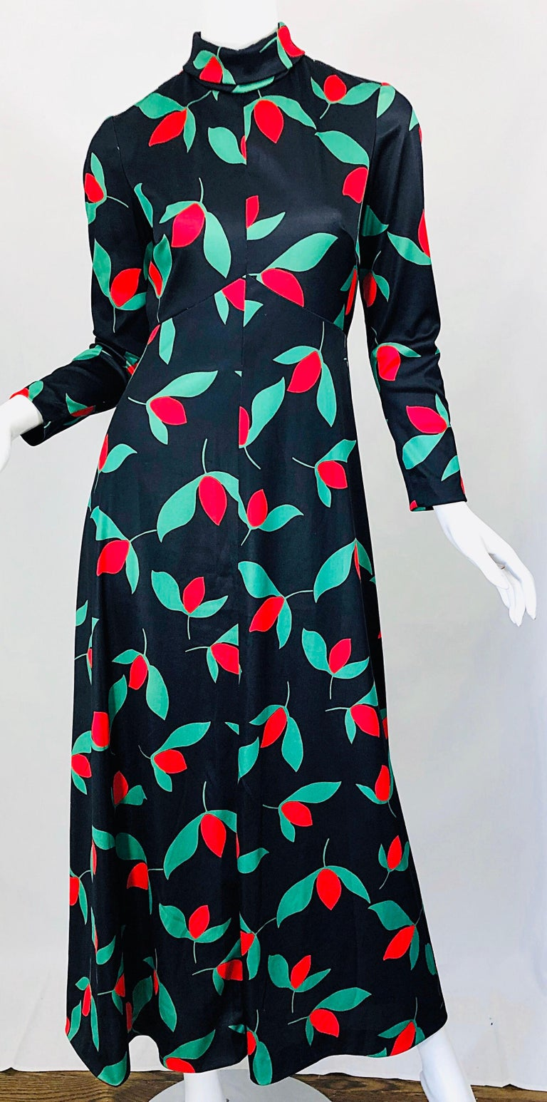 1970s Emilio Borghese Tulip Print Black + Green + Red Vintage 70s Maxi Dress For Sale 5