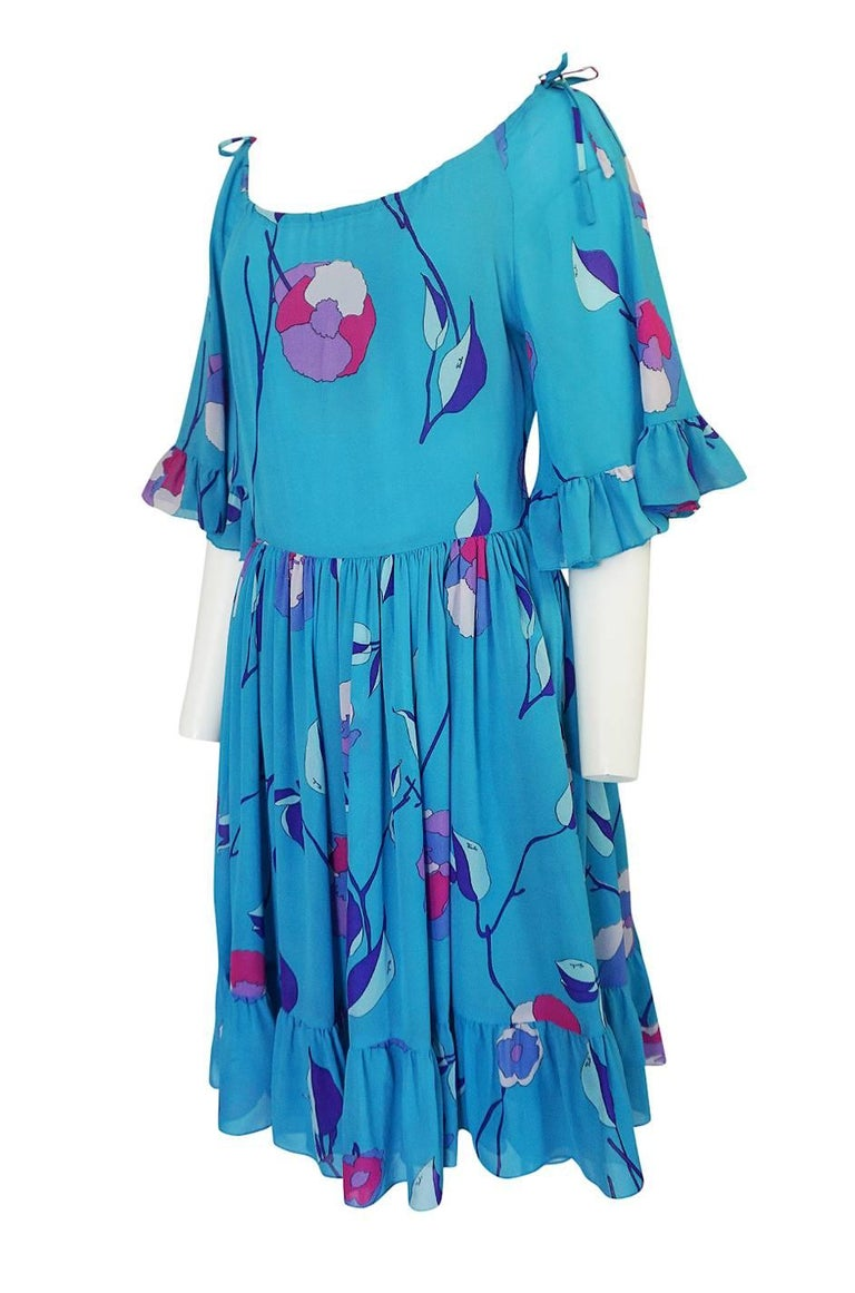 Emilio Pucci Turquoise Silk Chiffon Off Shoulder Dress, 1970s  In Excellent Condition For Sale In Rockwood, ON