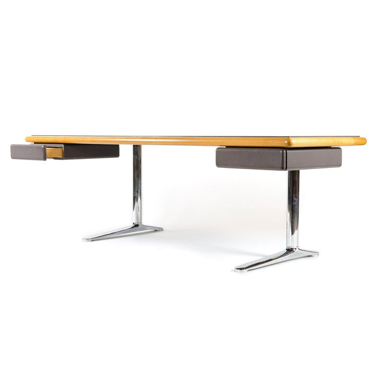 American 1970s Executive Office Desk by Warren Platner for Knoll For Sale