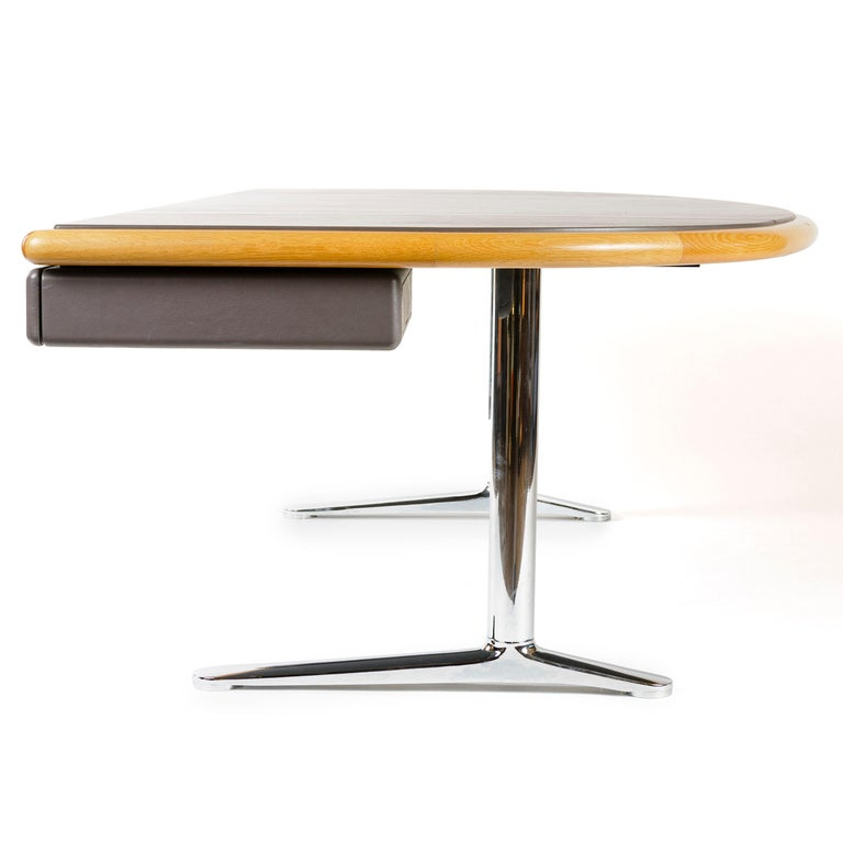 1970s Executive Office Desk by Warren Platner for Knoll In Good Condition For Sale In Sagaponack, NY