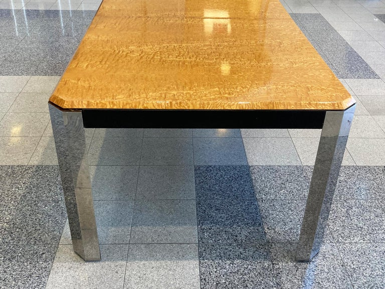 1970s Extendable Dining Table in the style of Milo Baughman For Sale 5