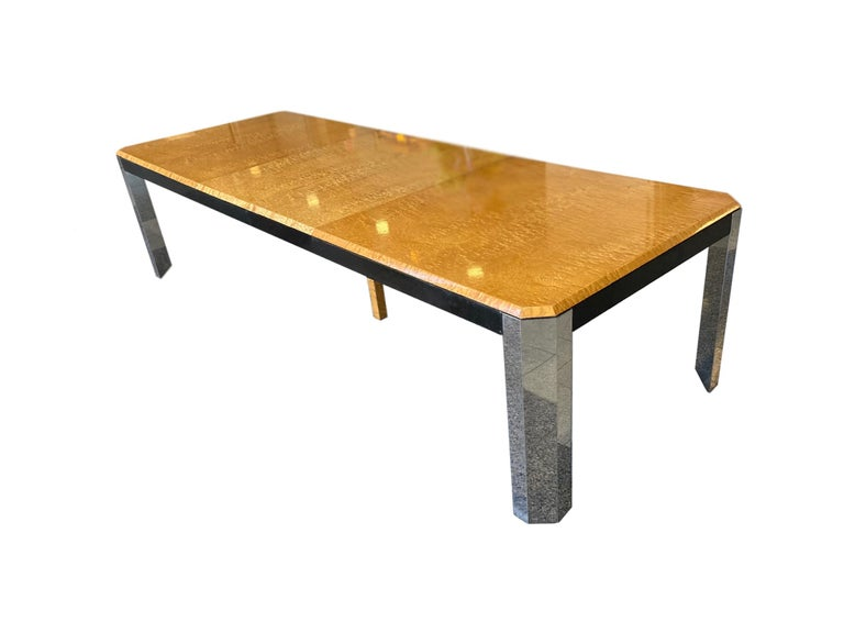 Mid-Century Modern 1970s Extendable Dining Table in the style of Milo Baughman For Sale