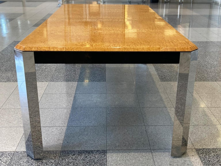 1970s Extendable Dining Table in the style of Milo Baughman For Sale 1