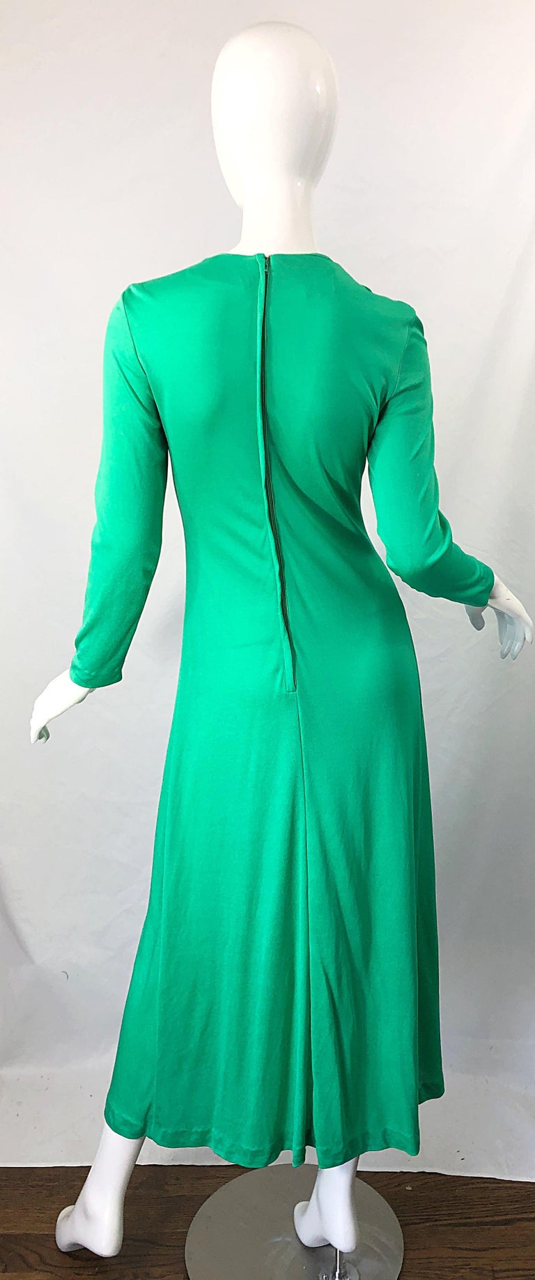 1970s Fredrick's of Hollywood Kelly Green Vintage Jersey 70s Maxi Dress For Sale 9