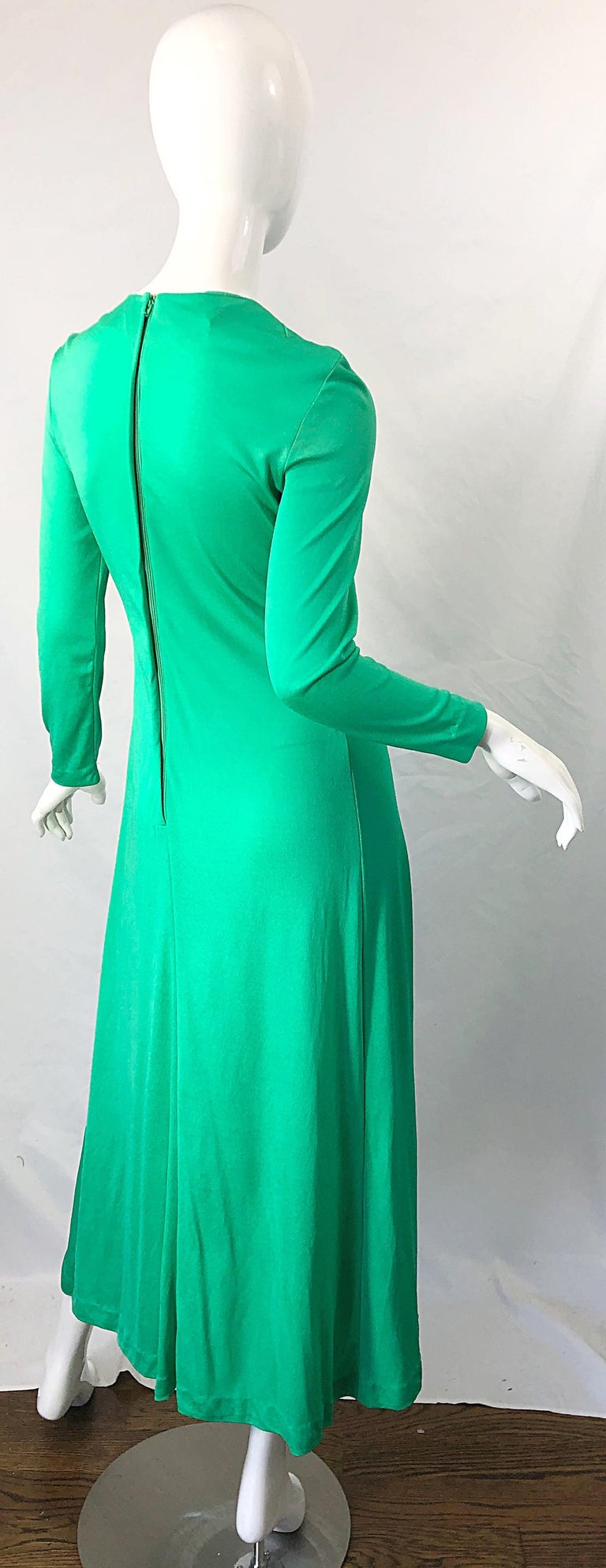 Women's 1970s Fredrick's of Hollywood Kelly Green Vintage Jersey 70s Maxi Dress For Sale