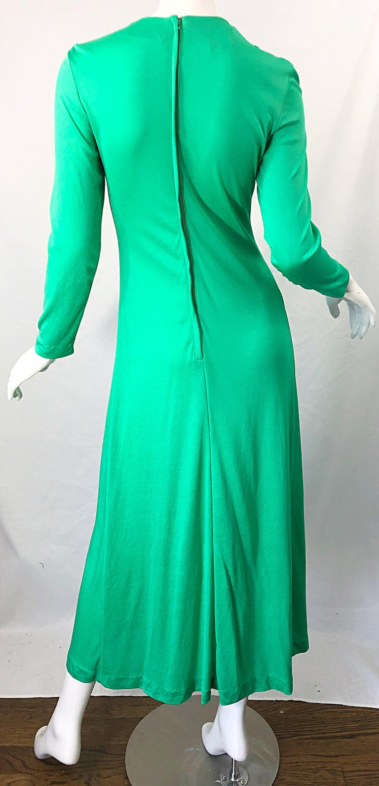 1970s Fredrick's of Hollywood Kelly Green Vintage Jersey 70s Maxi Dress For Sale 4