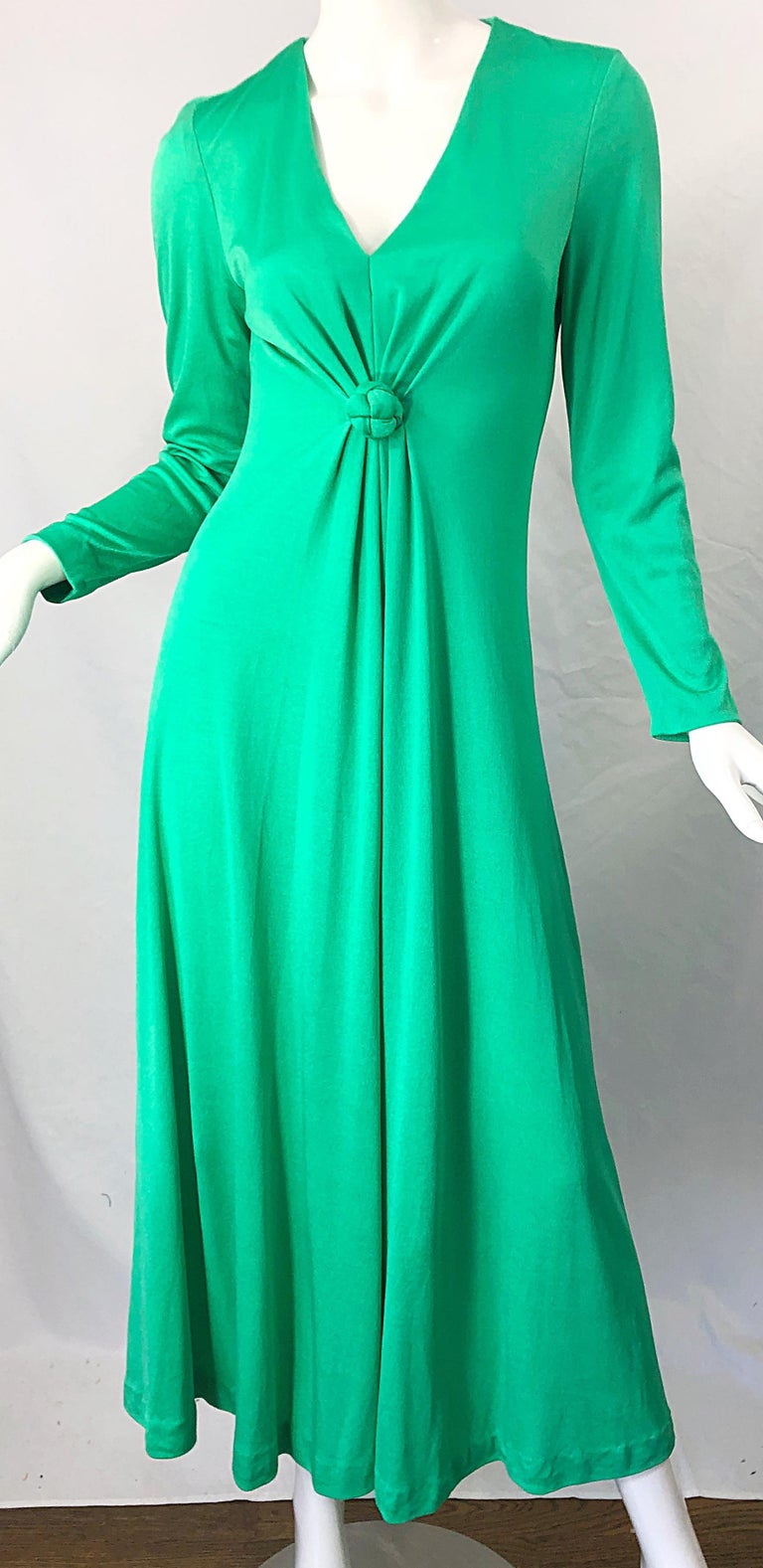 1970s Fredrick's of Hollywood Kelly Green Vintage Jersey 70s Maxi Dress For Sale 5
