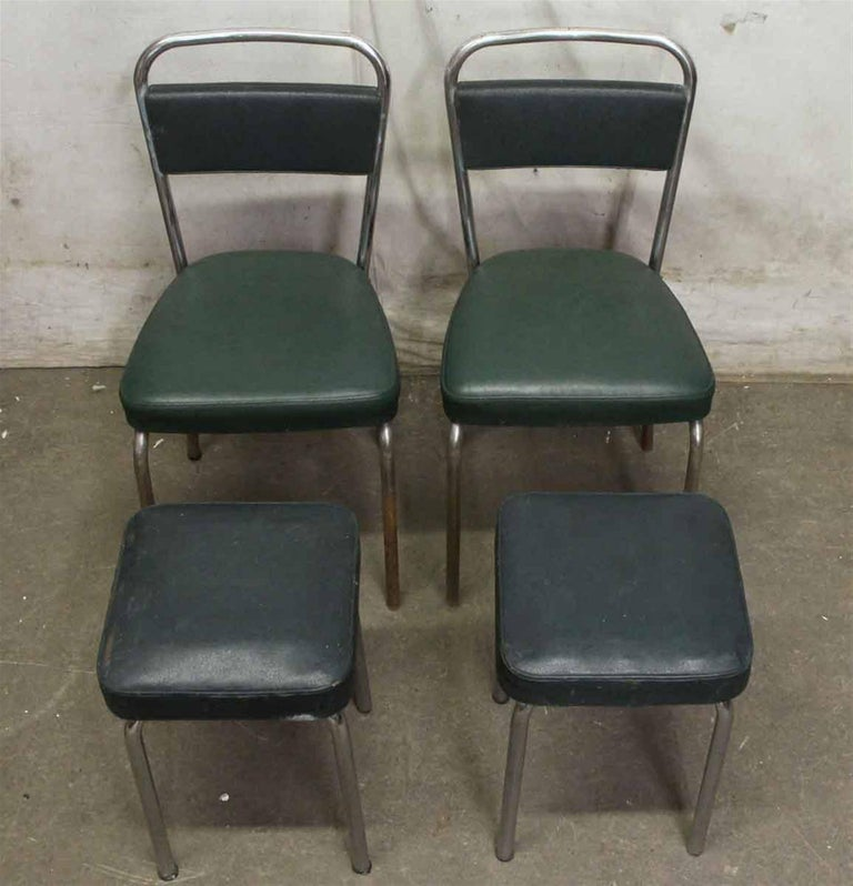 1970s French Strafor Dark Green and Chrome Chair and Stool Set In Excellent Condition For Sale In New York, NY