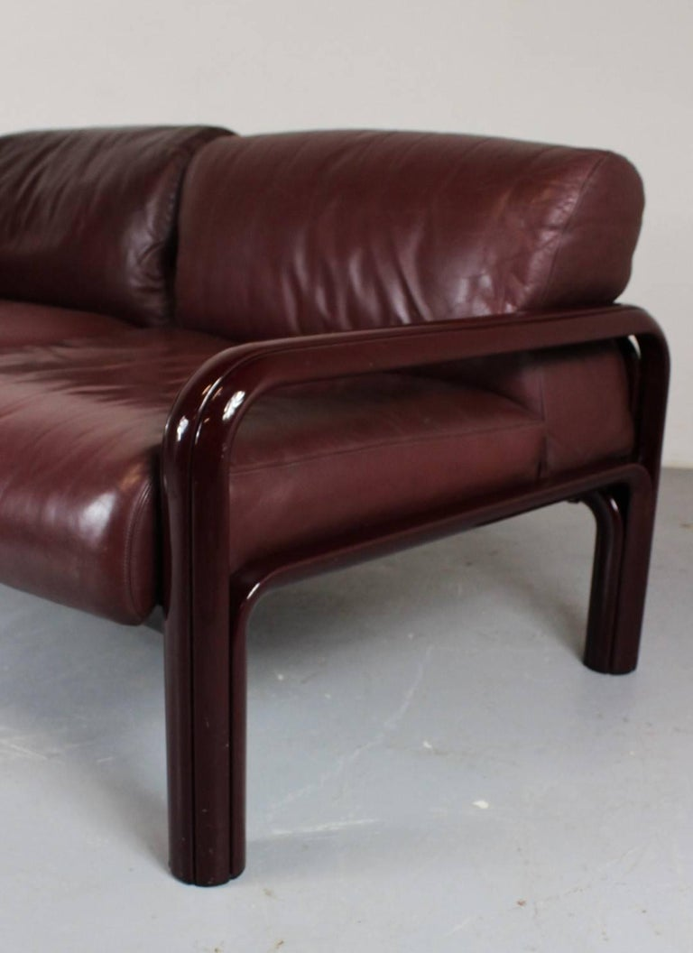 1970s Gae Aulenti Two Seat Leather Sofa For Knoll For Sale