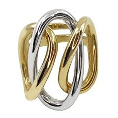 1970s Garavelli Interlocking Ovals Ring in 18 Karat Yellow and White Gold