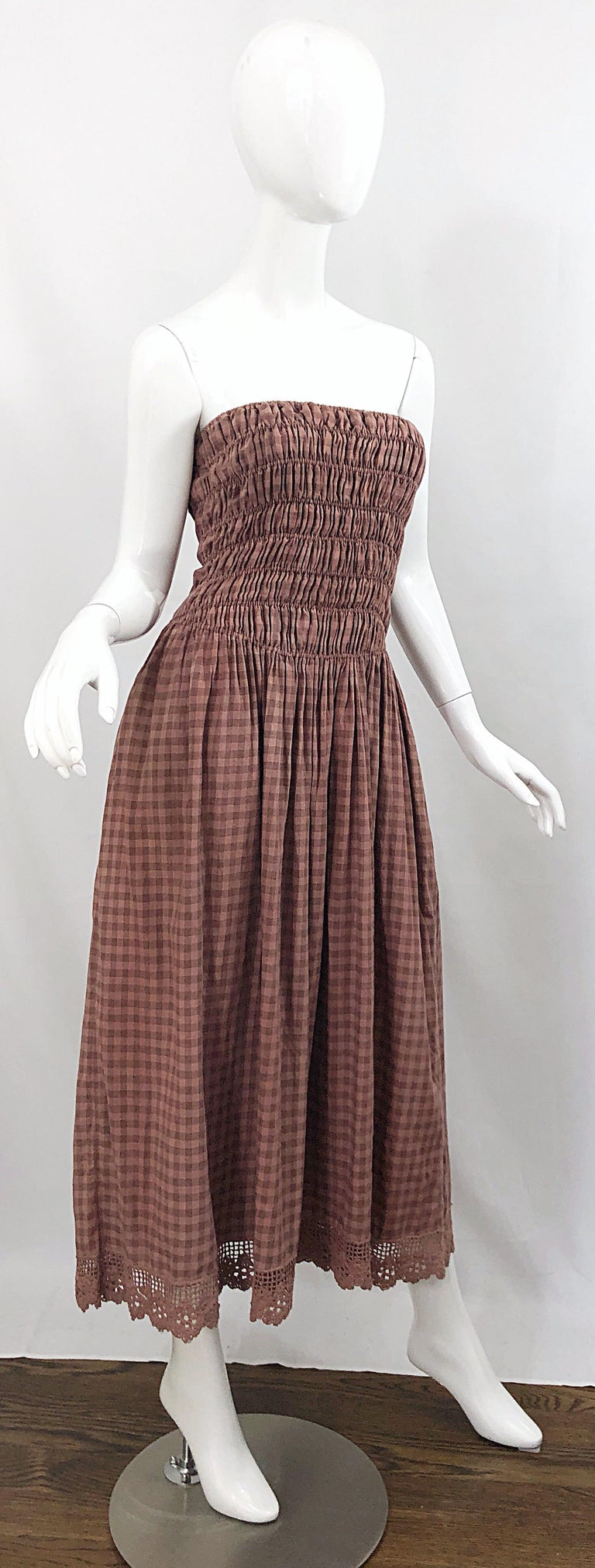 1970s Geoffrey Beene Dusty Rose Pink + Brown Crochet Strapless Ombre Midi Dress For Sale 6