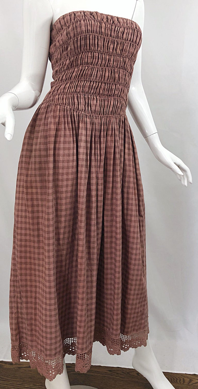1970s Geoffrey Beene Dusty Rose Pink + Brown Crochet Strapless Ombre Midi Dress For Sale 2