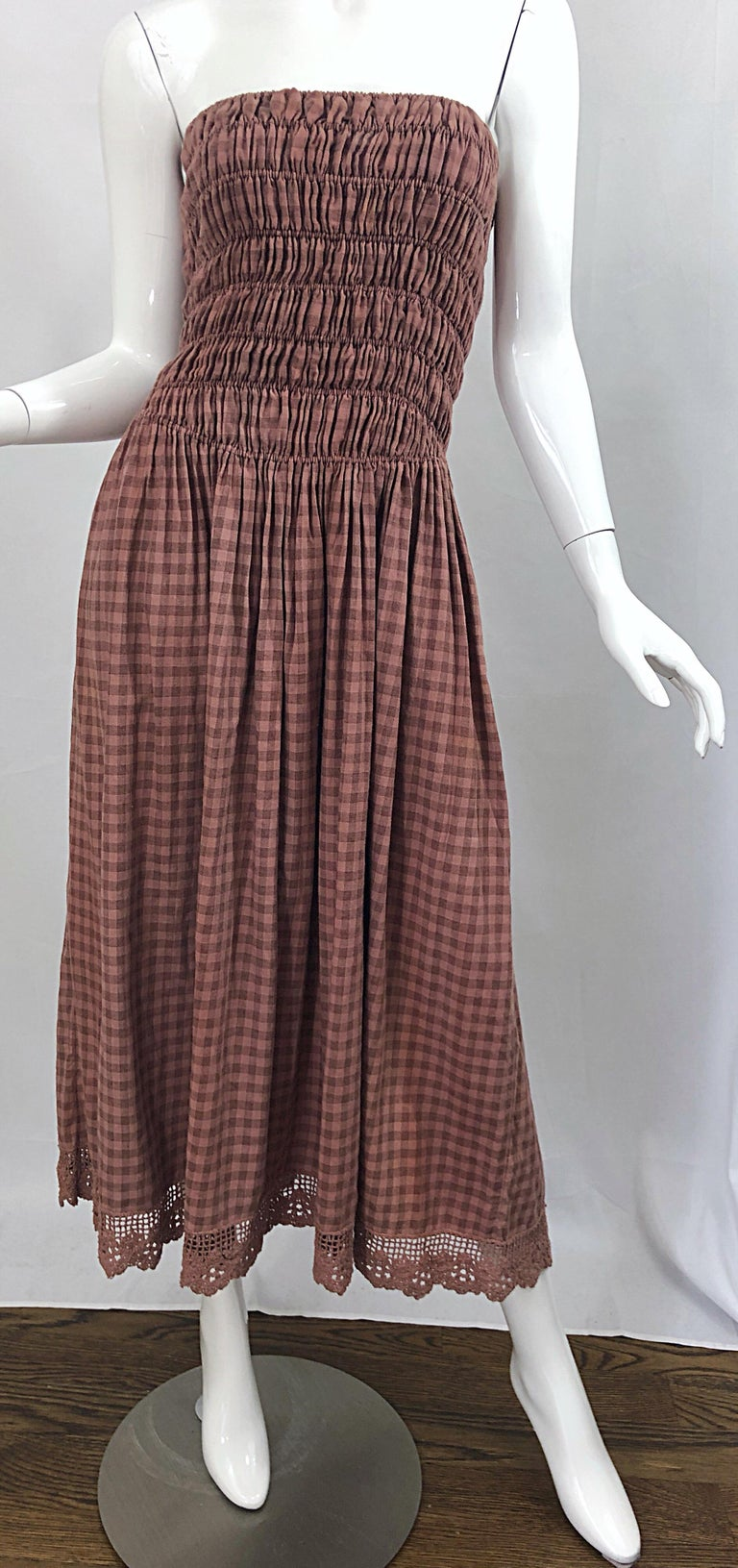 1970s Geoffrey Beene Dusty Rose Pink + Brown Crochet Strapless Ombre Midi Dress For Sale 5