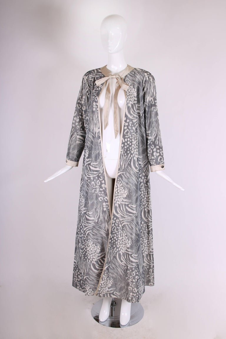 Gray Geoffrey Beene Grey and Cream Silk Taffeta Printed Dress Coat Neck Ties 1970s  For Sale