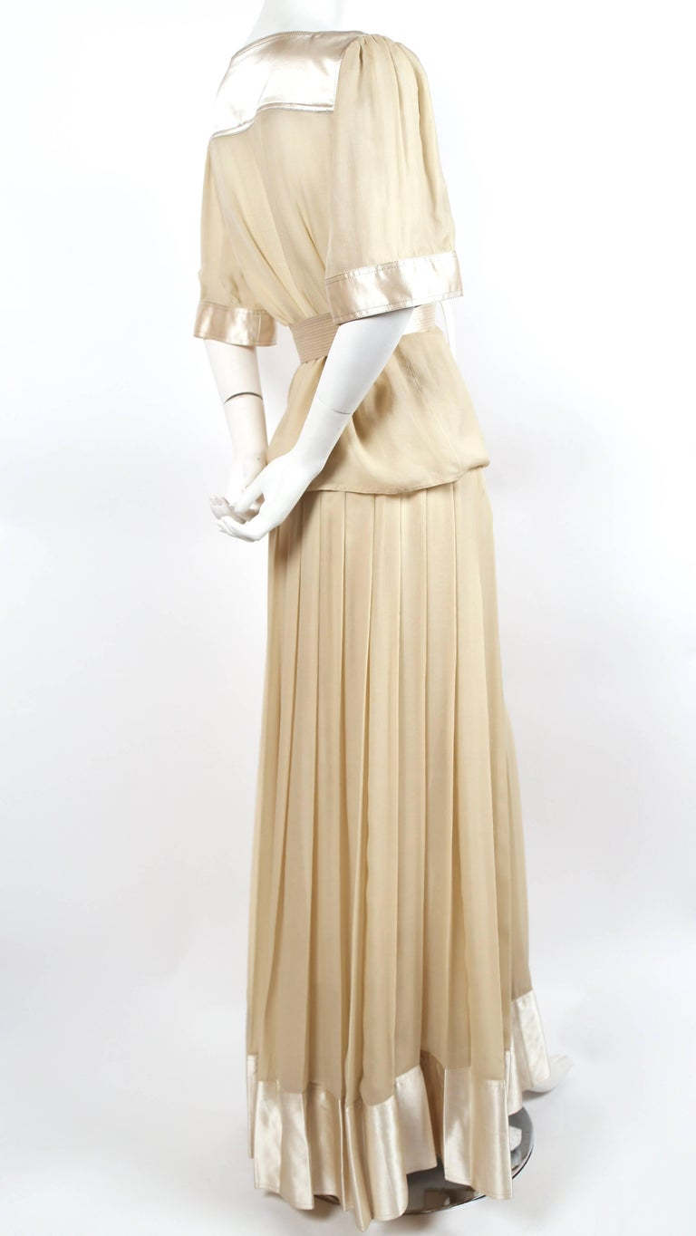 Gold 1970's GEOFFREY BEENE silk ensemble with gold thread For Sale