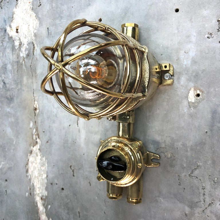 1970s German Cast Brass Explosion Proof Wall Light Glass Shade and Rotary Switch In Good Condition For Sale In Leicester, Leicestershire