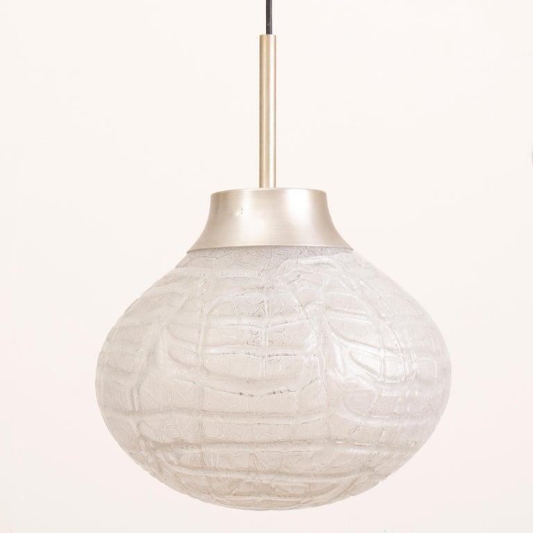 1970s German Doria Leuchten Crackle Glass Bulbous Pendant Light In Good Condition For Sale In London, GB