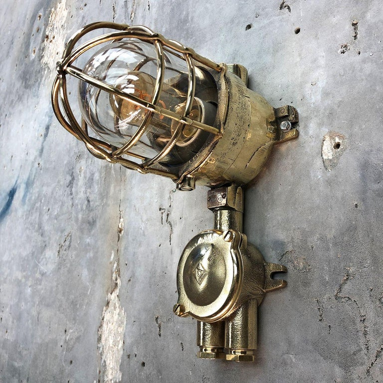 1970s German Explosion Proof Cast Brass and Junction Box Outdoor Wall Light For Sale 9