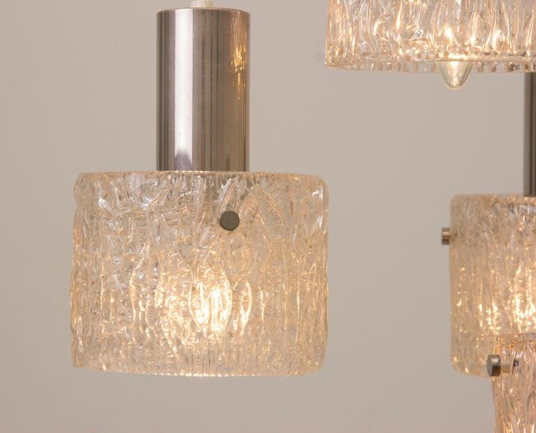 Mid-Century Modern 1970s German Kaiser Leuchten Iced Clear Glass and Chrome Hanging Light For Sale