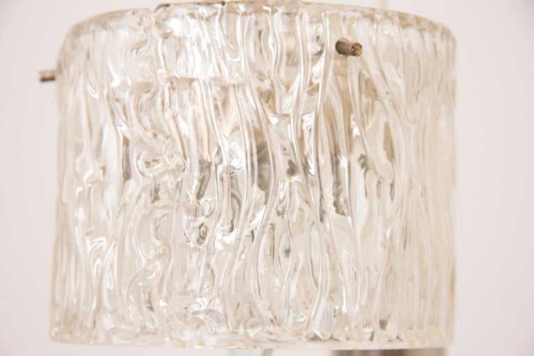 1970s German Kaiser Leuchten Iced Clear Glass and Chrome Hanging Light In Good Condition For Sale In London, GB