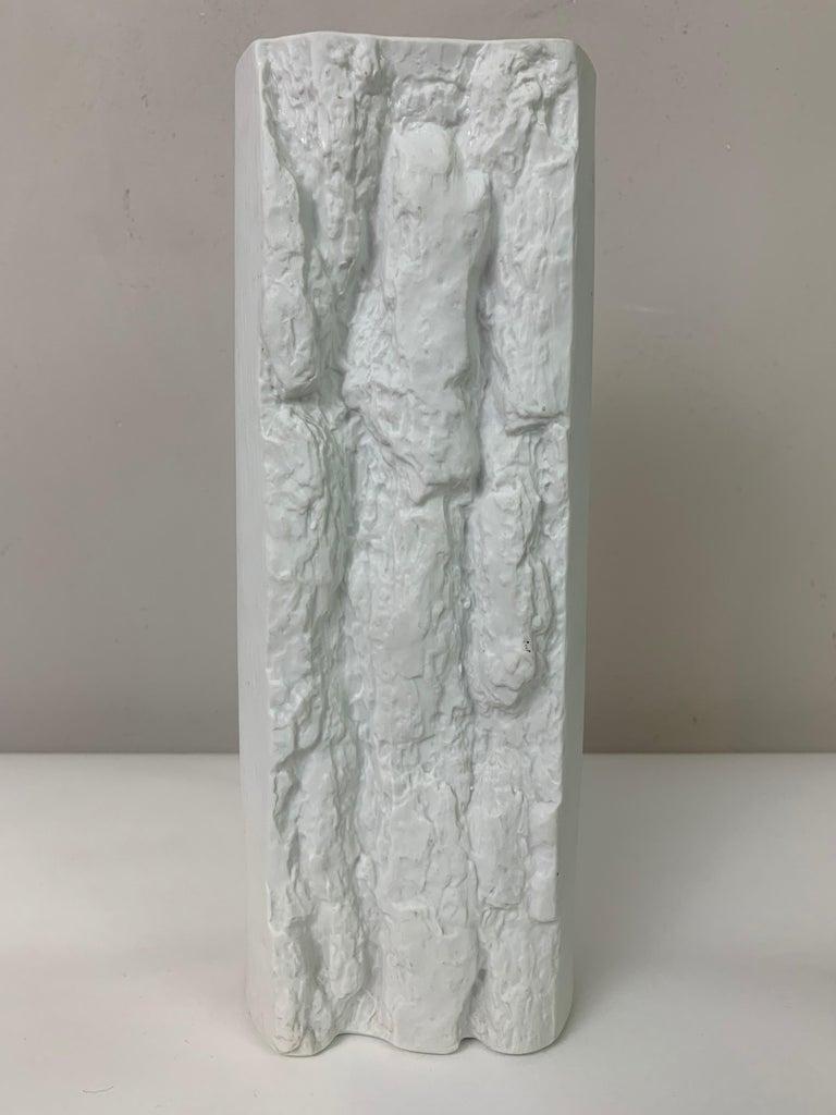 1970s German Op Art 'Bark' Matt White Bisque Porcelain Bareuther Vase For Sale 3