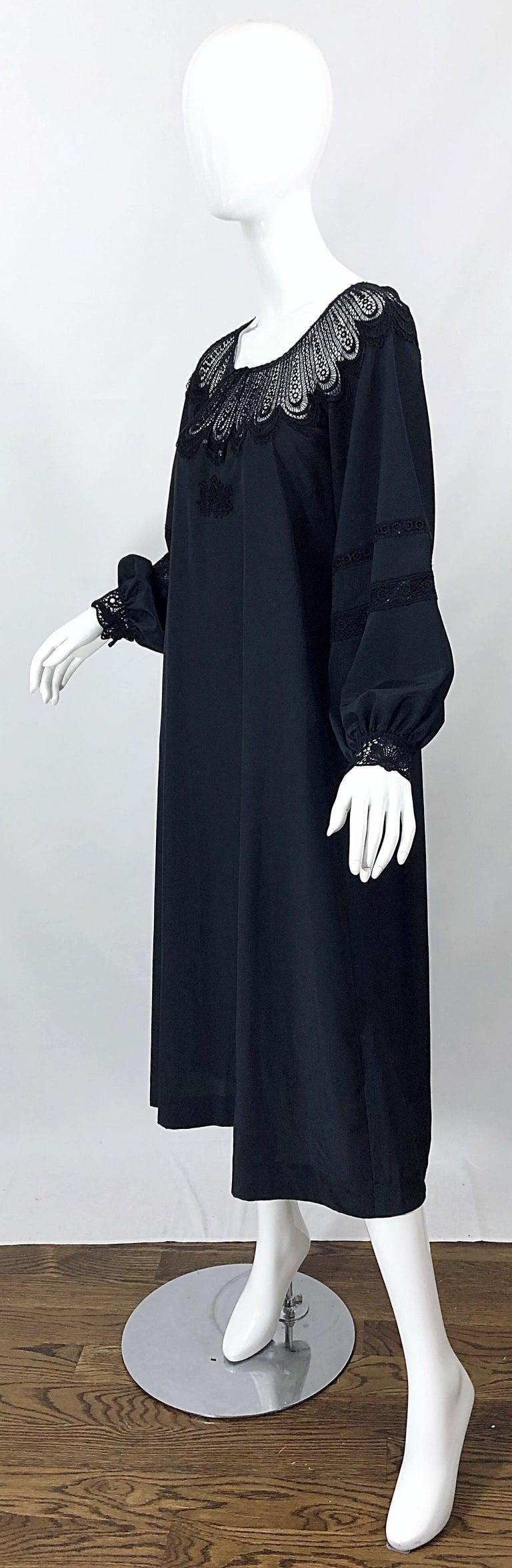 1970s Giorgio di Sant Angelo Black Vintage 70s Crochet Bishop Sleeve Smock Dress For Sale 6