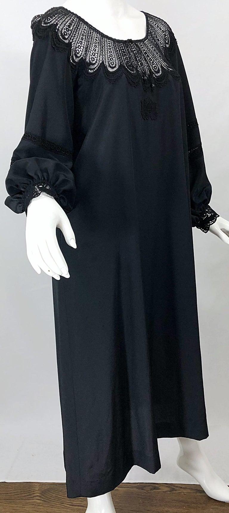 1970s Giorgio di Sant Angelo Black Vintage 70s Crochet Bishop Sleeve Smock Dress For Sale 8