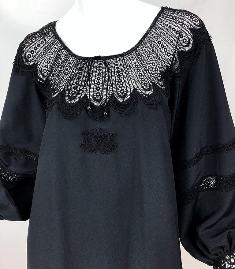 1970s Giorgio di Sant Angelo Black Vintage 70s Crochet Bishop Sleeve Smock Dress In Excellent Condition For Sale In Chicago, IL