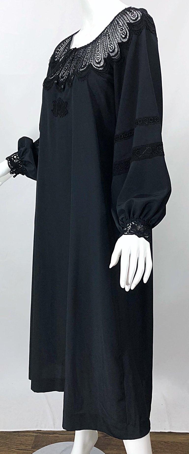 1970s Giorgio di Sant Angelo Black Vintage 70s Crochet Bishop Sleeve Smock Dress For Sale 2