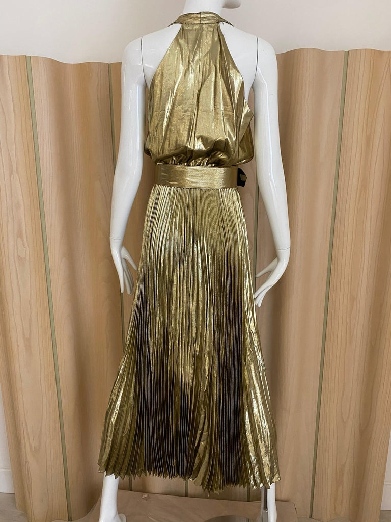 1970s Gold Lamé Sleeveless Pleated cocktail Dress In Good Condition For Sale In Beverly Hills, CA