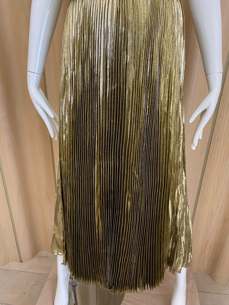Women's 1970s Gold Lamé Sleeveless Pleated cocktail Dress For Sale