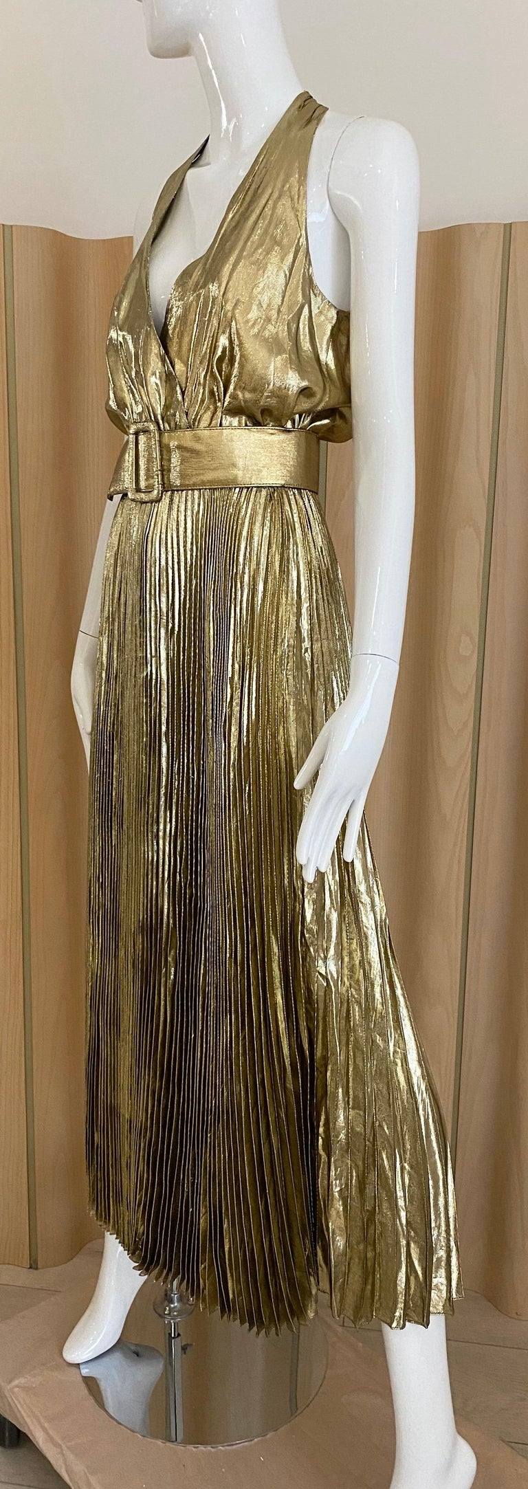 1970s Gold Lamé Sleeveless Pleated cocktail Dress For Sale 4