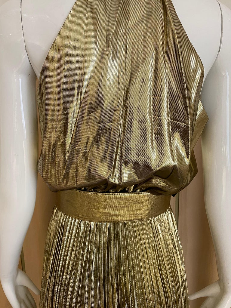 1970s Gold Lamé Sleeveless Pleated cocktail Dress For Sale 5