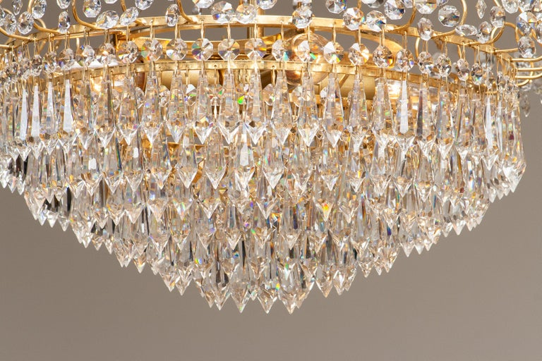 Swedish 1970s, Gold-Plated and Faceted Crystal Chandelier Attributed to Rejmyre, Sweden For Sale
