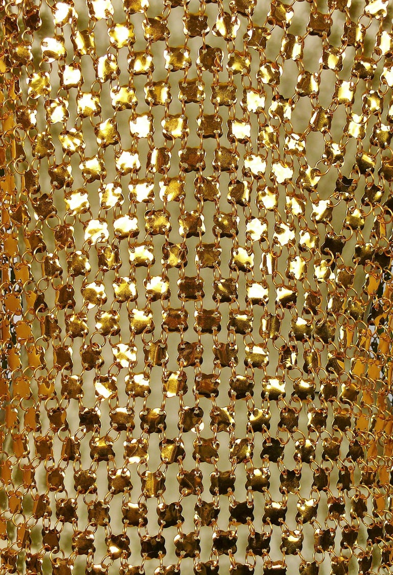 1970s Gold Toned Rhodhoid Chainmail Fringed Dress and Hat In Good Condition For Sale In Nice, FR