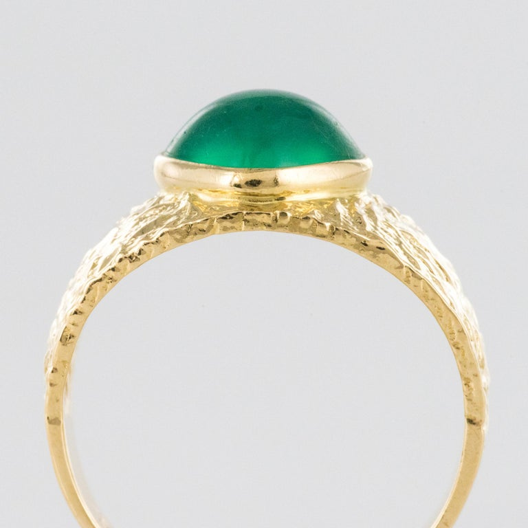 1970s Green Agate 18 Karat Yellow Gold Bangle Ring For Sale 4